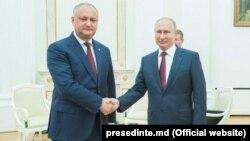 Владимир Путин и президент Молдовы Игорь Додон