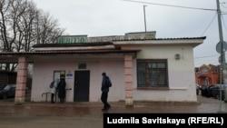 Автобусная остановка в Печорах