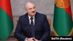 Александр Лукашенко во время интервью представителям четырех российских телеканалов, 8 сентября 2020 года. Фото: Reuters