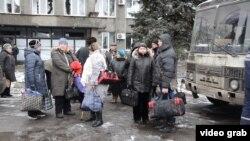 Эвакуация жителей из Дебальцево