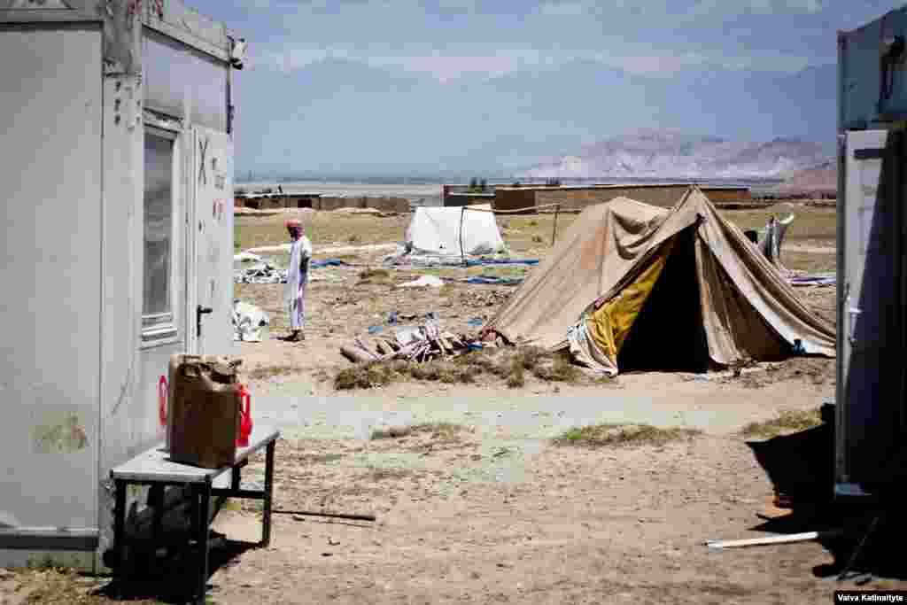Из-за сильных засух и войны некоторые представители племени добровольно приняли решение переселиться в городскую местность. Однако одна треть кучи все еще ведет кочевой образ жизни