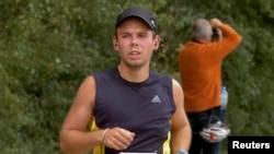 Андреас Любитц на марафоне в Гамбурге, сентябрь 2009 года