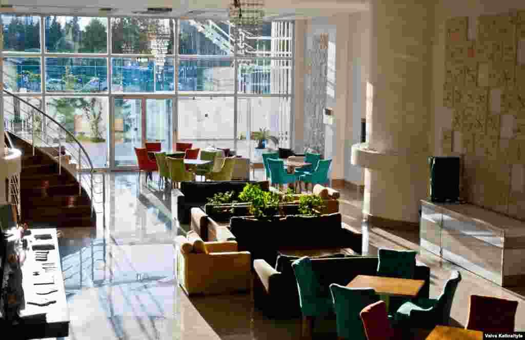 Спа-отель Sea Life раньше часто посещали россияне. Но сейчас основные постояльцы отеля – туристы из Западной Европы