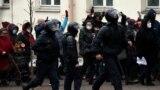 Главное: в Беларуси продлили арест Тихановскому