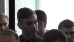 """Дело """"Сети"""" в Пензе и Петербурге: о чем говорят родственники и что происходит в суде"""