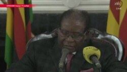 Мугабе отправили в отставку, а он заявил, что не собирается этого делать