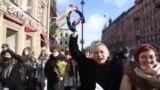 Хороводы и частушки против патриархата. Как в Петербурге прошли акции в поддержку прав женщин