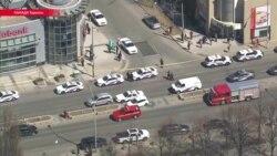 В Торонто водитель въехал в толпу на фургоне, 10 человек погибли