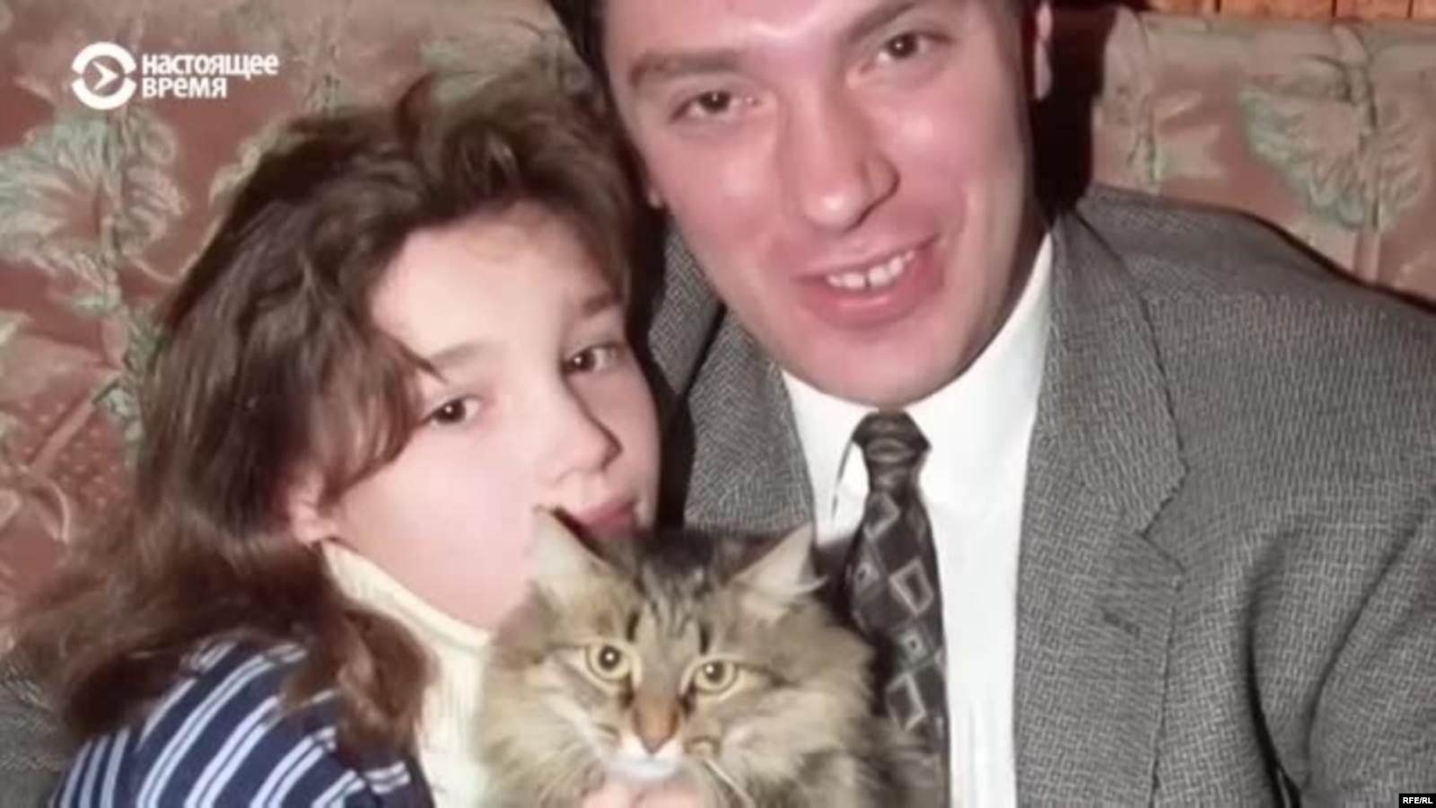 """""""Просто его все любили"""". Интервью Жанны Немцовой об отце"""