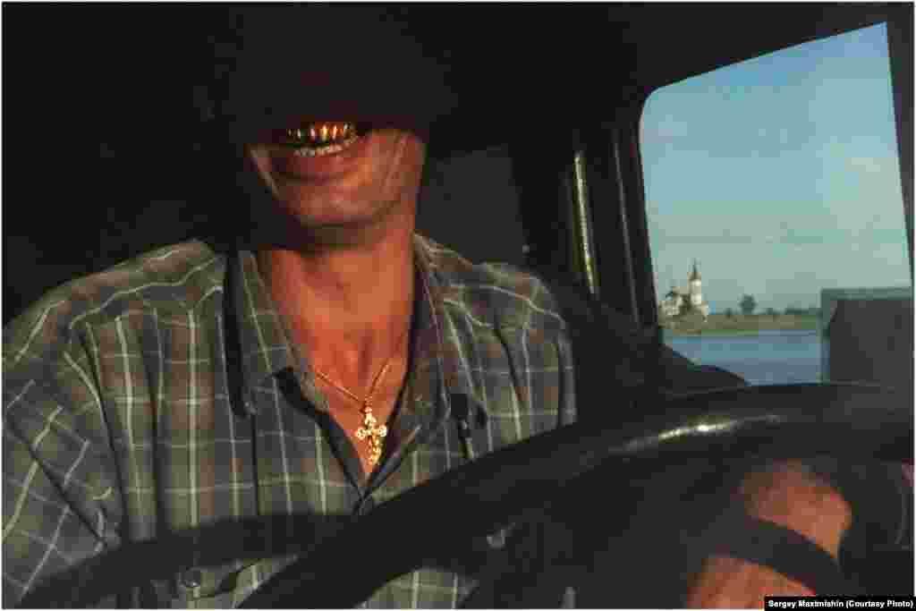 Паромщик, река Иртыш у Тобольска, 2006