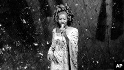 """Арета Франклин во время 47-й церемонии вручения премии """"Оскар"""", 8 апреля 1975 года"""