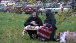 Почему родственники сутками не могут передать посылку задержанным в Беларуси