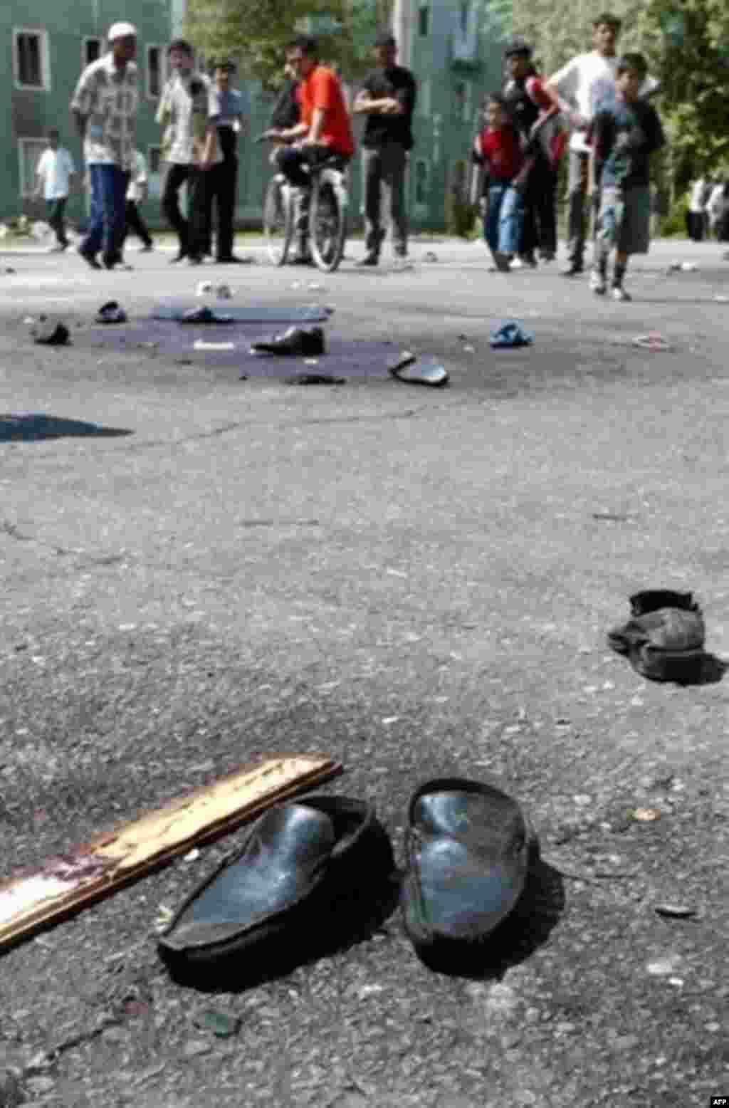 Улицы Андижана были усеяны трупами еще день после того, как были расстреляны демонстранты