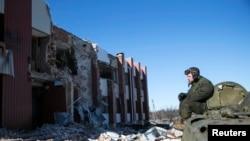 Разрушенная деревня Никишино в окрестностях Дебальцево