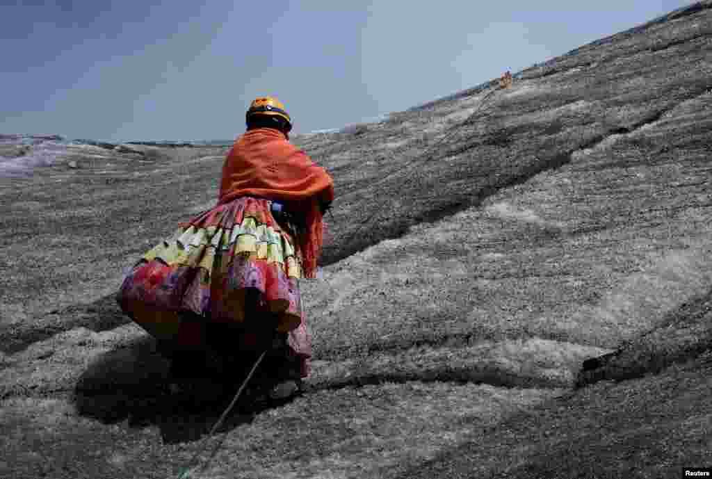 На счету альпинисток – покорение как минимум пяти местных горных пиков