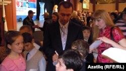 Гата Камский во время приезда в Казань в 2011 году