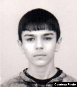 Владислав Поздняков в юности