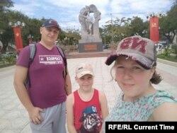 Алексей Башинский с женой и сыном. Фото: личный архив