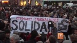 Десятки тысяч человек в мире вышли на улицы в знак солидарности с Charlie Hebdo