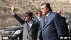 """Эмомали Рахмон и Махмуд Ахмадинеджад перед запуском первого агрегата ГЭС """"Сангтуда-2"""""""
