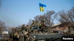 Украинские войска в окрестностях Дебальцево