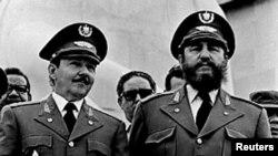 Фидель и Рауль в 1979 году. Рамон тоже был тогда молод