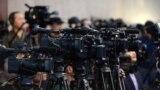 """""""Очередная попытка введения цензуры"""": новые правила аккредитации журналистов в Казахстане"""