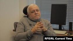 """главный редактор газеты """"Русский Берлин"""" Борис Фельдман"""