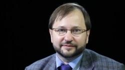 """""""Подобно обнулению Путина"""". Михаил Виноградов – о том, зачем Кремлю законопроект о праве губернаторов избираться более двух сроков подряд"""