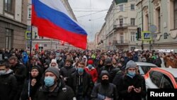 Акция в поддержку Навального в Петербурге. 21 апреля.
