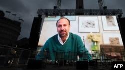 Выступление Фархади