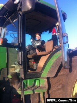 Aleksandra Besparova works as a tractor-driver-mechanic, while studying for a degree in engineering from Novosibirsk State University. Photo: Aleksandra Besparova archive
