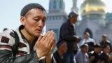 """""""Нельзя обижать других людей, сплетничать и сквернословить"""": советы имама на Рамадан"""