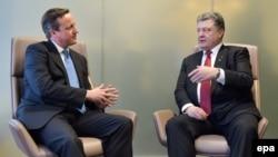 Британский премьер Дэвид Кэмерон на встрече с президентом Украины Петром Порошенко