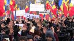 Многотысячный антиправительственный протест в Кишиневе