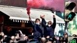 Протестующие в Ереване собрались на площади перед парламентом, требуя отставки премьера Никола Пашиняна и проведения внеочередных выборов. Большинство депутатов парламента поддержали премьера