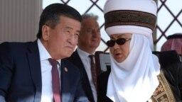 Роза Отунбаева и Сооронбай Жээнбеков