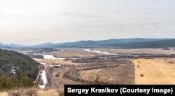 Сергей не просто охраняет заказник, но и фотографирует его, а также обитателей этой территории