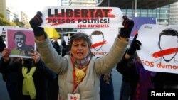 Протесты в Каталонии с требованиями свободы арестованным лидерам движения за независимость региона от Испании