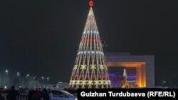 Новогодняя елка в Бишкеке