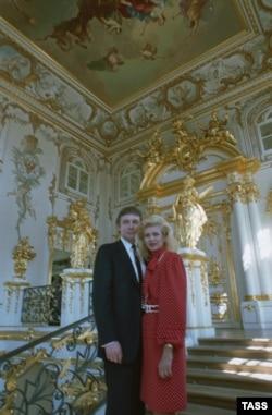 Дональд Трамп с женой Иваной в Эрмитаже, 1 июля 1987 года