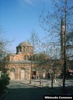 Церковь Христа Спасителя в Полях