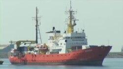 """Италия арестовала судно """"Врачей без границ"""", которое спасает мигрантов"""