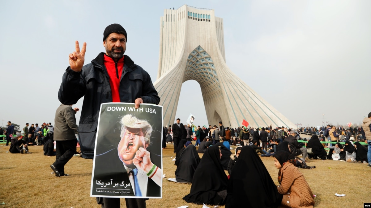 the iranian revolution an echo of the past