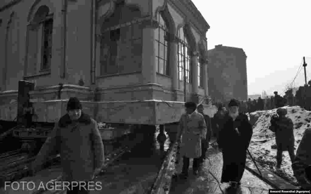 Перемещение церкви святого Штефана в 1988 году