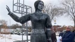 'Alyonushka Of The Apocalypse:' Russian Monument Gets Laughed Out Of Town
