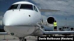 Самолет Gulfstream G450