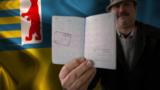 Смотри в оба: закарпатский паспортный скандал и крымский квартирный вопрос