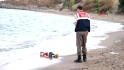 Гроб с телом сирийского мальчика, утонувшего на пути в Грецию, доставили в Стамбул