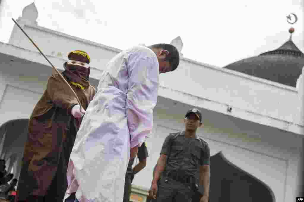 Индонезия является самой густонаселенной мусульманской страной мира. В провинции Ачех исповедуют ислам суннитского толка